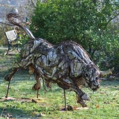 Jeune taureau 200X100X70 cm (3)