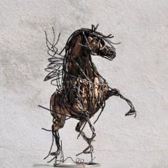 Petit cheval cabré 44X43X20 cm (1)