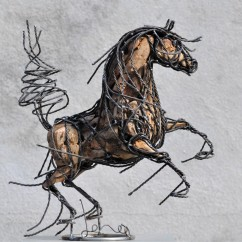 Petit cheval cabré 44X43X20 cm (2)